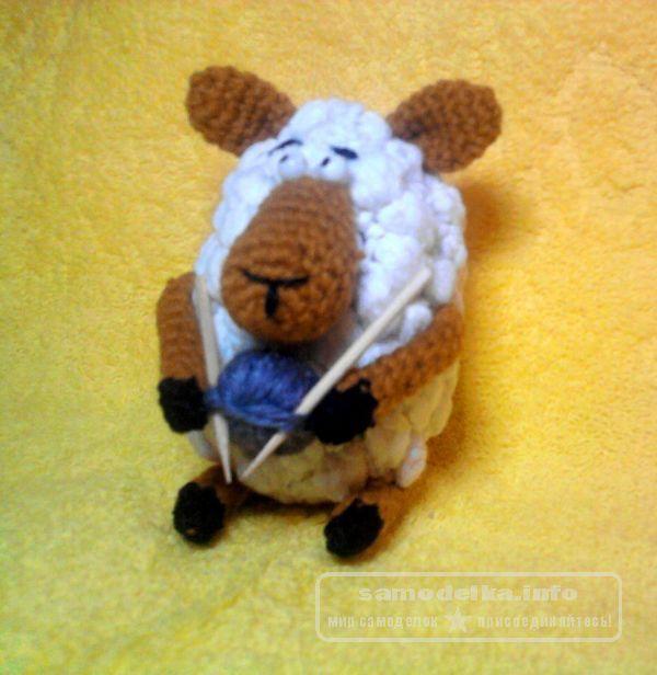 Вязанная игрушка амигуруми овечка