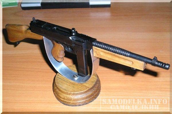 Микромодель пистолета-пулемета Томпсона своими руками