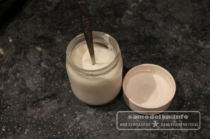 Загустевший йогурт