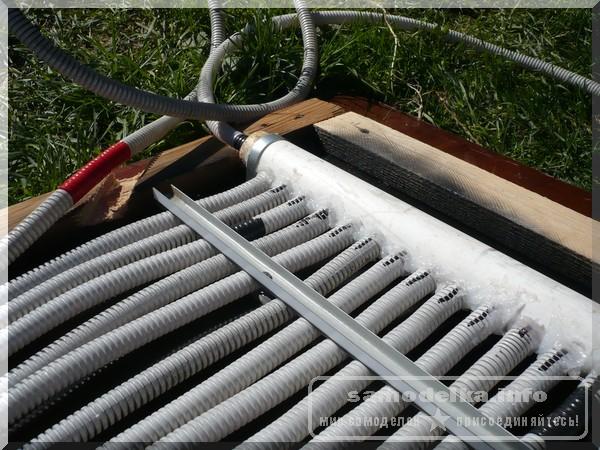 стыковка гофрированных труб в самодельном солнечном коллекторе