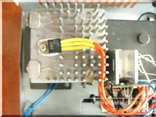 lm317 на радиаторе