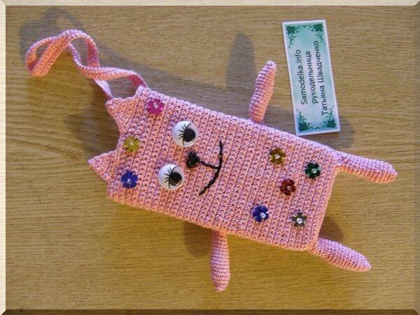 """самодельный вязаный крючком чехол """"Кошка"""" для мобильного телефона"""