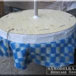 самодельная утепленная крышка для колодца из пенопласта и сотового пластика