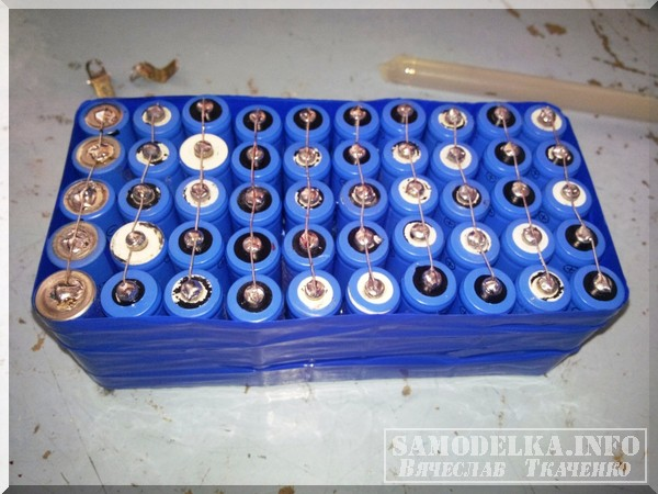 сборка пальчиковых аккумуляторов 12 Вольт 5Ач