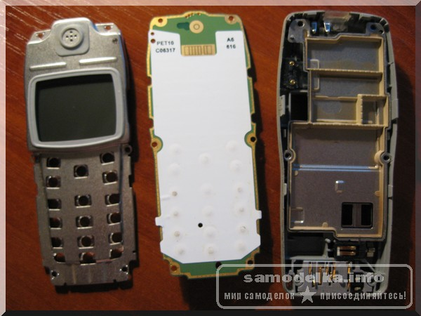 Nokia 1100 в разобранном виде