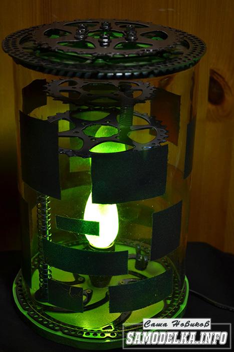 самодельный светильник в стиле стимпанк