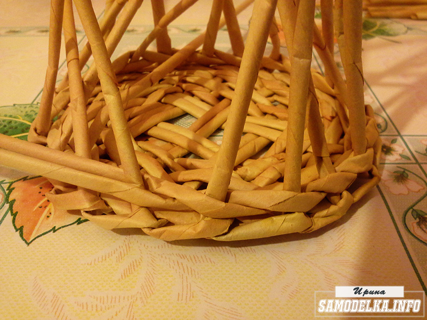 плетение газетными трубочками