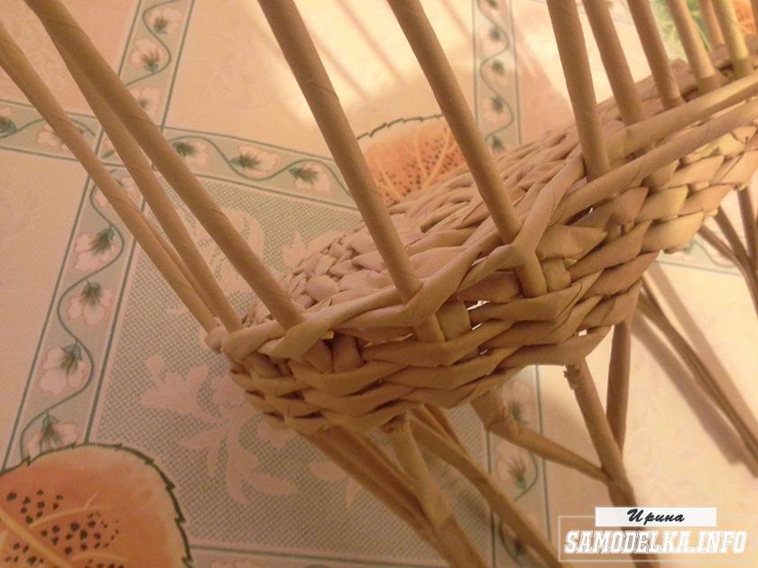 плетение диванчика из газетных трубочек