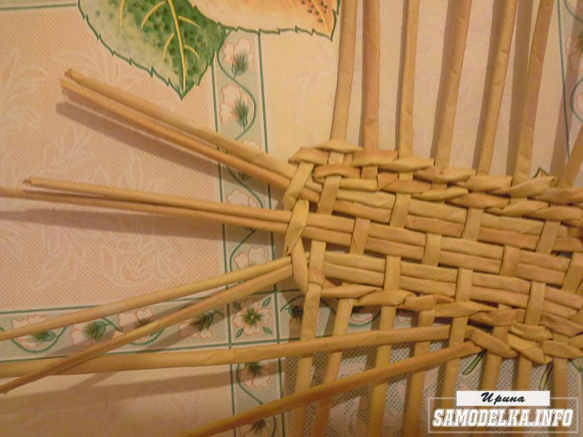 плетение кукольного диванчика из газетных трубочек