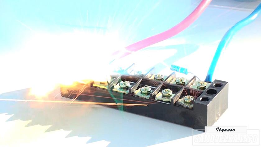 Подключаем LED и лампочку к 1000 вольтам